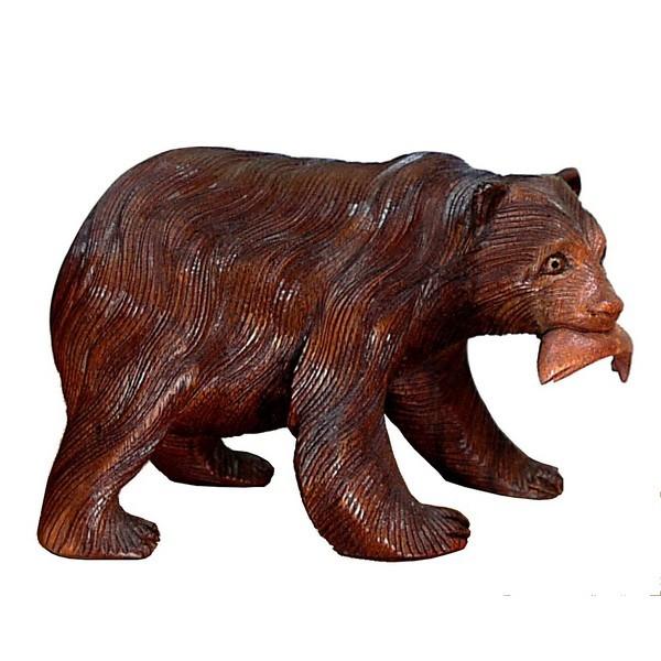 Bär mit Fisch02