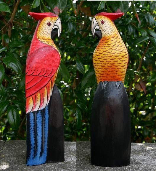 Papagei05 Papagei rot/gelb mit Häubchen