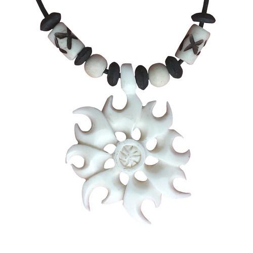 Bonekette Knochen Amulett Carving Anhänger Kette Tribal Sonne
